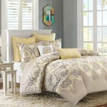 Comforters and Quilts Bedding