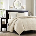 Coverlet Bedding