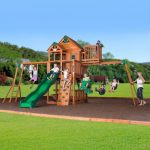 Choosing Playground Sets for Backyards